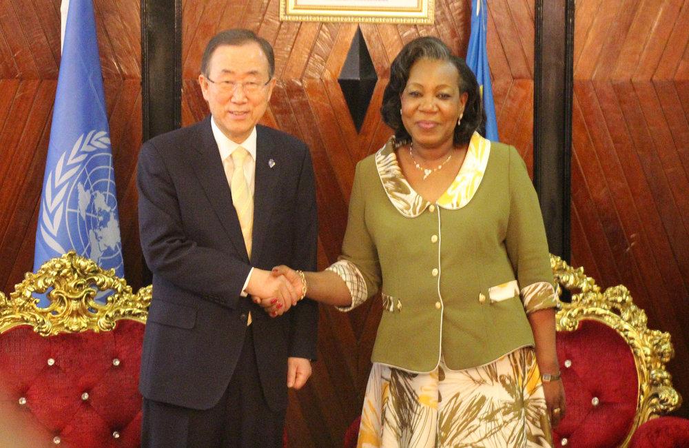 UN Sg BAN with CAR Head of State Samba-Panza, Bangui 5 april 2014