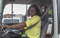Des femmes au volant de grands bus de la MINUSCA